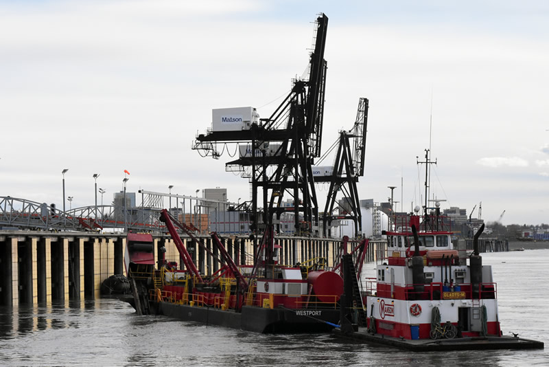 Lack of Cook Inlet ice allows Port of Anchorage dredging to start early