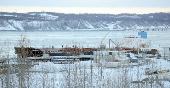 Municipal leaders ask state to borrow cash for Anchorage port and other harbor projects