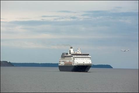 Anchorage welcomes its first cruise ship of the season